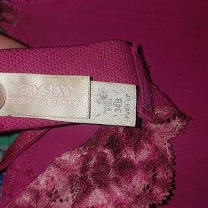 Victoria's Secret Intimates & Sleepwear - Bra